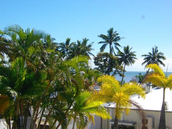 Cairns_ocean